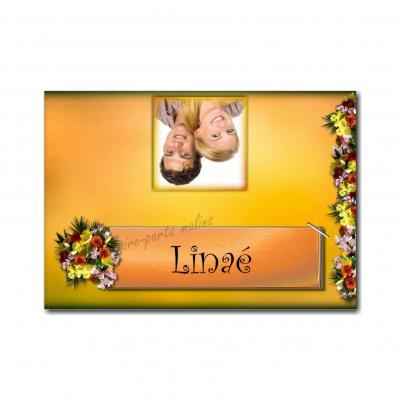 marque-place avec photo fleurs sur fond orange