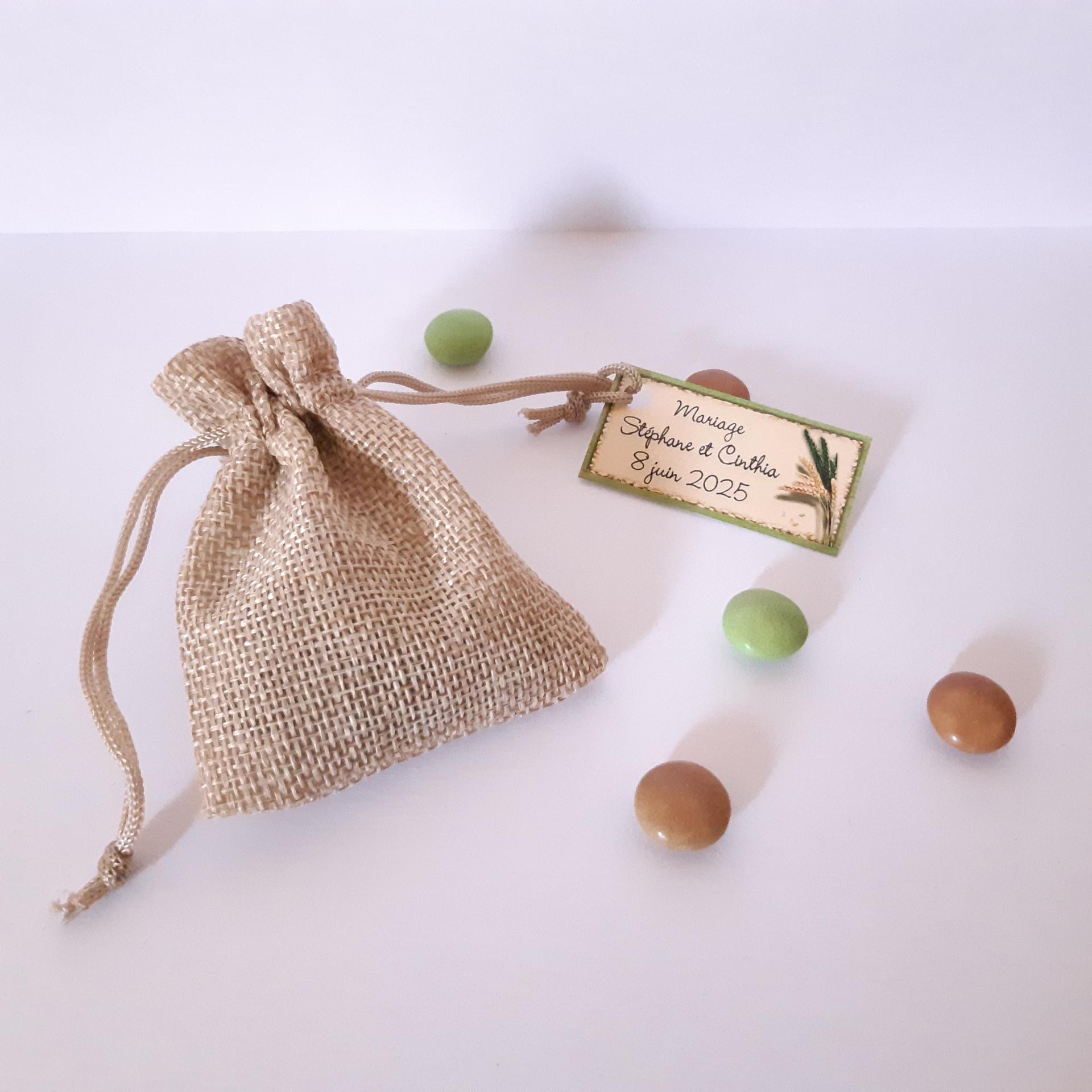 sac en toile de jute pour dragées avec étiquette dragées blé