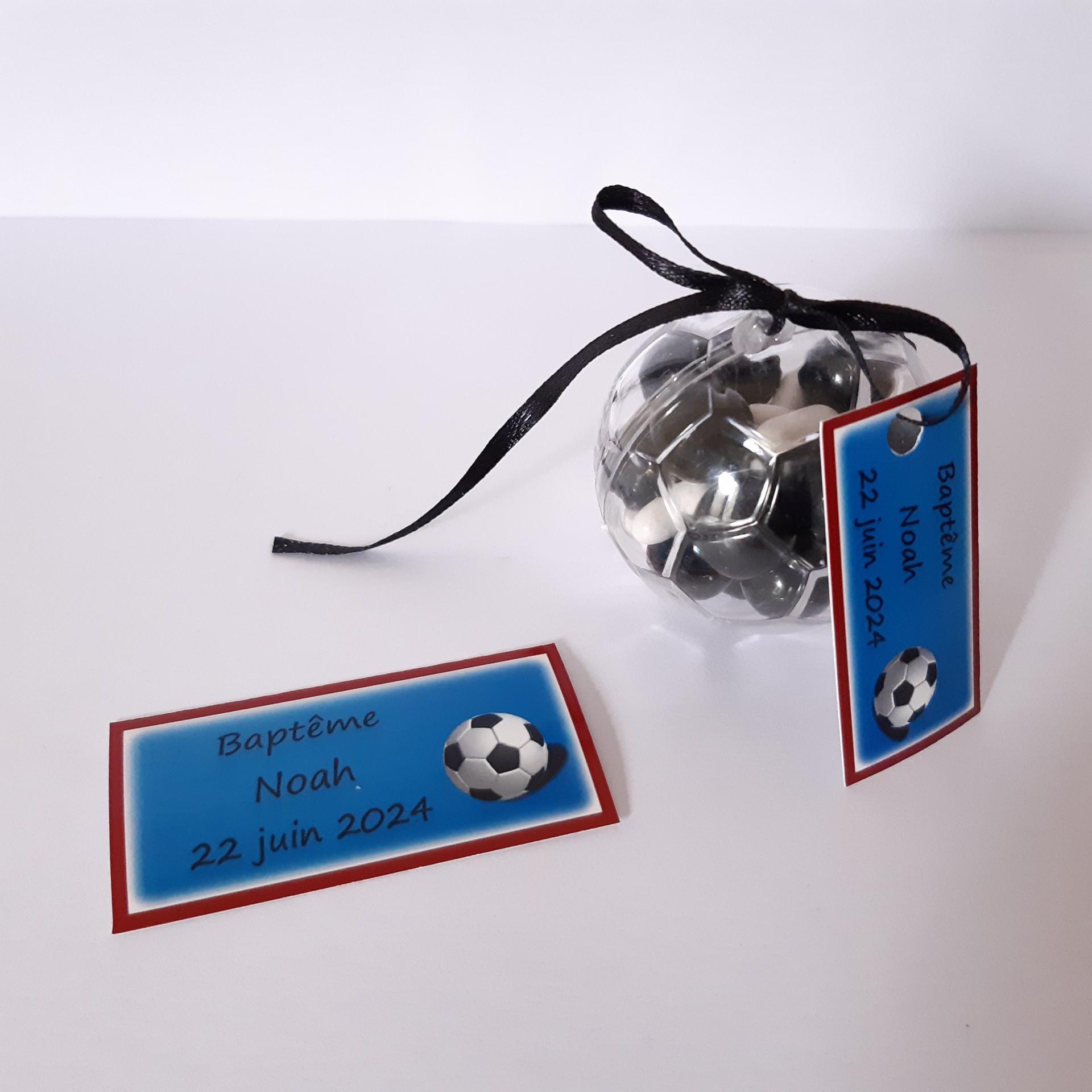 boite ronde en plastique en ballon de foot